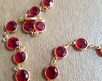 Vintage Swarovski Red Crystal Necklace Faceted Round Classic Ladies Gold Tone