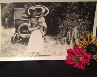 Vintage Snapshot Photo -  Woman and Child - Vintage Car - Girl - Parasol