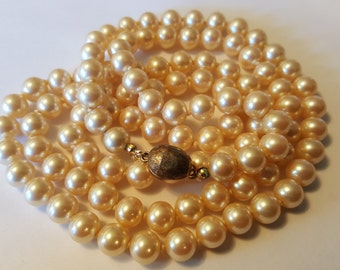 Vintage LES BERNARD Faux Glass Pearl Necklace
