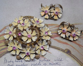 Enamel Flower Cluster Brooch & Earrings Set w/ Pink Rhinestones