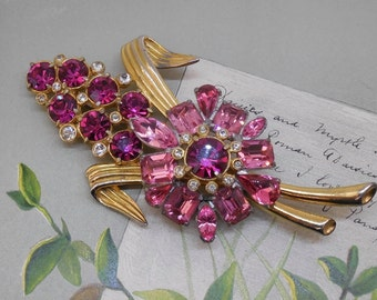 1940s PINK Rhinestone and Pot Metal Large Bouquet Brooch