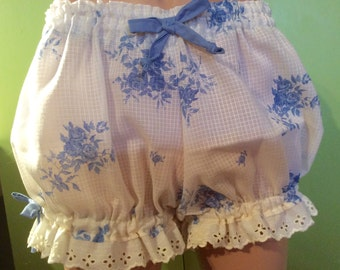 Size XL Plus Size Womens Bloomers, Pajama Bottoms, Cream with Blue Flowers Cotton