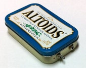 Portable Altoids Amp and Speaker for iPhone MP3 Player -Altoids Blue/Red