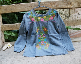 M-L Long Sleeves Bohemian Embroidered Top - Grey 2