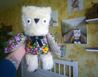 William Owl , soft art  creature  , stuffed animal, flowered doll, friend, toy, companion,  by  Wassupbrothers, buho, uggla, boho,