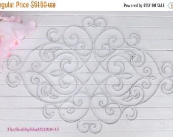 White Shabby Chic Metal Wall Decor/ Fleur De Lis  / Wrought Iron Wall decor / Shabby Chic Decor
