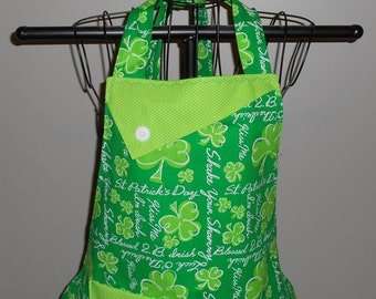 Blessed 2B Irish/Kiss Me I'm Irish Women's Apron