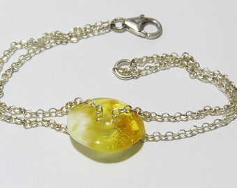 Silver bracelet with amber.100% natural amber.Solid  sterling silver 925