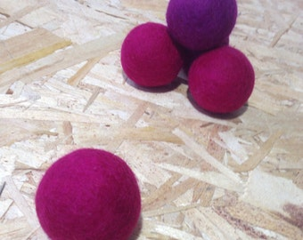 BIG Purple Color Natural Merino Wool Felted Balls for Cats