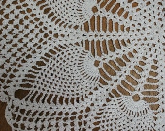 Round Handmade Crochet Doily Table Topper White Cotton Large 18 Inch Diameter