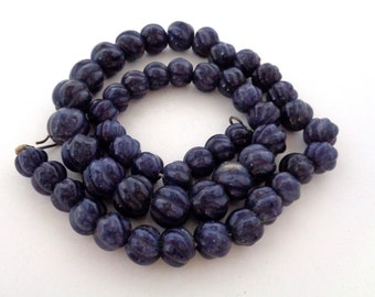 Vintage Graduating Size Hand Carved Lapis Lazuli Bead Necklace