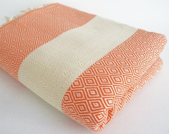 SALE 50 OFF/ Diamond Blanket / Coral / Bedcover, Beach blanket, Sofa throw, Traditional, Tablecloth