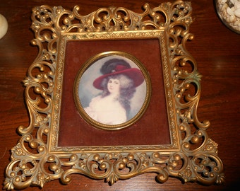"""vintage Picture A Cameo Creation 11"""" x 13"""" Framed Duchess of Devonshire Wall Hanging"""