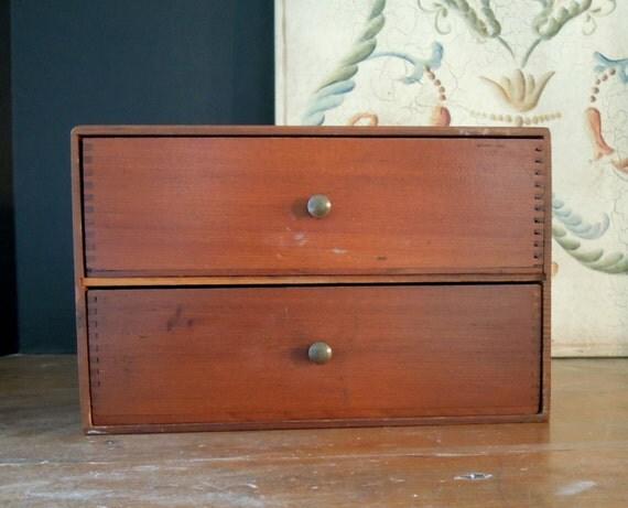 Vintage antique jewelry box small dresser studio for Vintage antique jewelry box