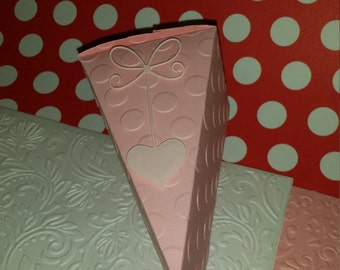 20 for 13.00 - Cake Slice Party Favor