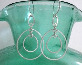 Sterling Silver Double Teardrop Earrings Long Silver Oval Hoops Hammered Wire Jewelry Long Dangle Earrings Kinetic Jewelry