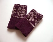 Luxury Short  beaded wrist warmers / fingerless gloves,ready to send