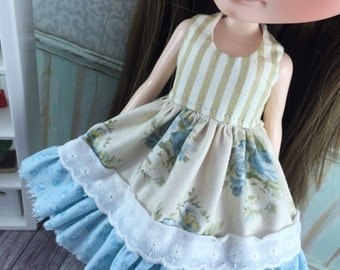 Blythe Shabby Chic Dress - Roses with Teal