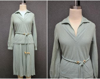 1970s Richtone Sage Skirt and Shirt Set
