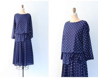15 DOLLAR SALE! // vintage 80s polka dot print dress - navy blue & white dress / peplum dress with bow detail / 80s knife pleated dress