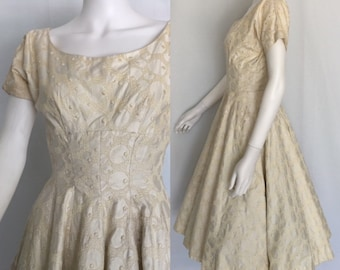 Vintage Anne Fogarty Embroidered Moonlight White Cotton Dress - Circa 1950s