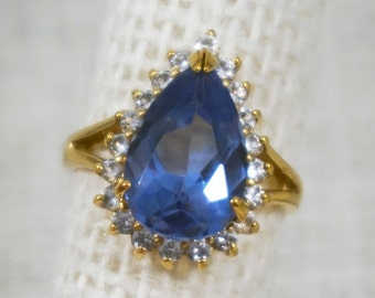 Jackie Kennedy Camrose & Kross Gold Plate Blue Topaz Crystal and Cubic Zirconia Cocktail Ring