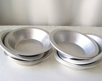 Vintage Miniature Baking Pans Pie Pans Set of Six Mini Metal Cooking Pans 1970s
