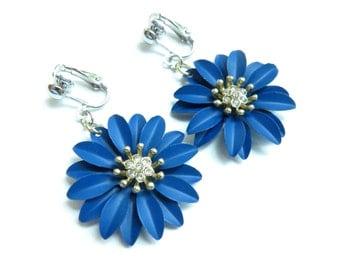 Metal Flower Dangle Clip On Earrings - Non-Pierced Ears