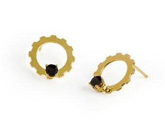 Gold And Black Earrings, Minimalist Gold Stud Earrings, Minimal Earrings, Round Earrings, Gear Earrings, Modern Jewelry