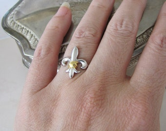 Fleur De Lis Sterling Silver Ring, size 6.25, French Paris Chic