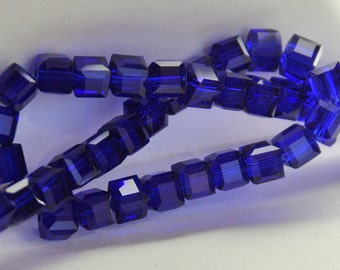 10 pcs 6mm Faceted Transparent Sapphire Blue Glass Cube Beads