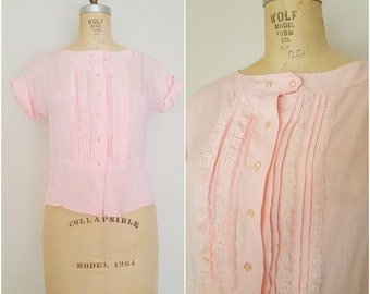 Vintage 1940s Blouse / Pink Cotton Linen Blouse / Lace Tuxedo Pleats / Medium