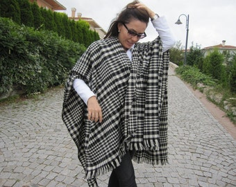 Throw blanket shawl scarf- bed scarf -sofa throws -women's scarves-houndstooth poncho, Black white flannel houndstooth -men's poncho winter