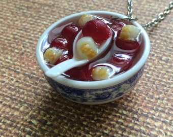 Red bean soup necklace