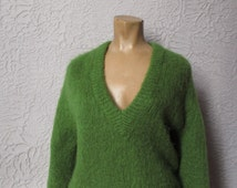 60's Vintage Mohair Hand Knit Fuzzy Sweater med/lg