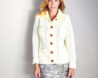 July SALE - 15% Off - Vintage 70s Acrylic Ivory OffWhite Shawl Neck Buttoned Cable Knit Cardigan Sweater // womens medium