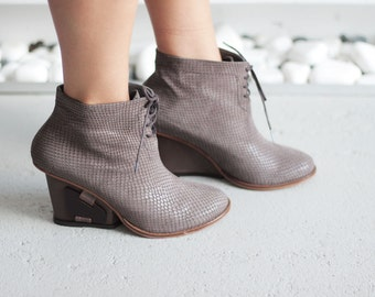 ZURIE - Mink color - FREE SHIPPING Handmade Leather Bootie