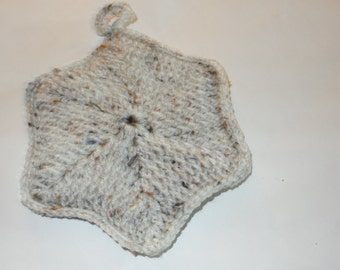 Handmade Potholder Front Post Hexagon Aran Fleck