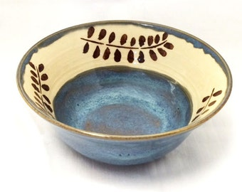 Ceramic Bowl in Blue, Brown, Tan, White, Cream, with Leaf Design, Leaves, Ceramic Serving Bowl, Pasta Bowl, Salad Bowl, Soup Bowl