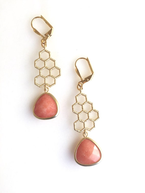 Gold Honeycomb and Creamy Orange Stone Dangle Earrings in Gold.  Honeycomb Earrings. Drop Earrings. Modern Jewelry.