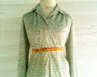 Vintage 70s Green and White RETRO Shirt