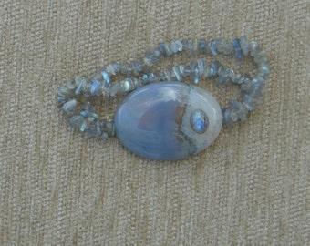 145- Agate and labordorite bracelet