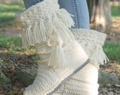 Crochet Boots Pattern-------NEW!  FRINGE MUKLUKS-------- wear them outdoors------streetwear-----warm and cozy womens size 5-10