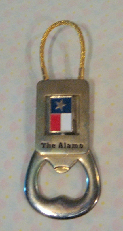 remember the alamo easy to do with this key chain bottle. Black Bedroom Furniture Sets. Home Design Ideas