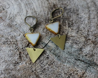 Boucles d'oreilles simple triangle laiton   // simple triangle raw brass  earrings - geometric earrings  (BO-909)