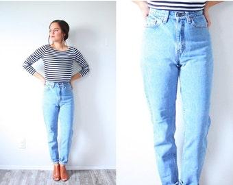 20% OFF HALLOWEEN SALE Vintage Levi mom jeans // high rise jeans // high waist levi jeans // old school high waisted jeans mom jeans // ligh