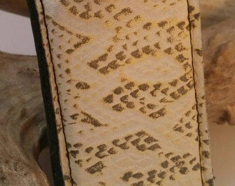 Faux snakeprint on 100% natural leather magnetic money clip