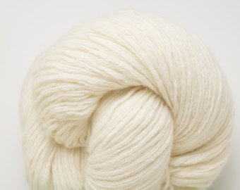Cream Worsted Yarn, White Chocolate Lambswool Angora Blend Worsted Weight Reclaimed Yarn, 1477 Yards Available