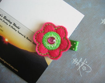 Flower - Embroidered Felt Clippies - Felt Hair Clips - Pink, Green