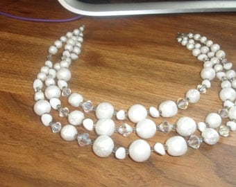 vintage necklace triple strand white lucite glass